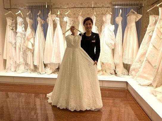 横浜のブライダル企業 人生に一度しかない「結婚」を最高のもとするのが私たちの仕事のカバー写真