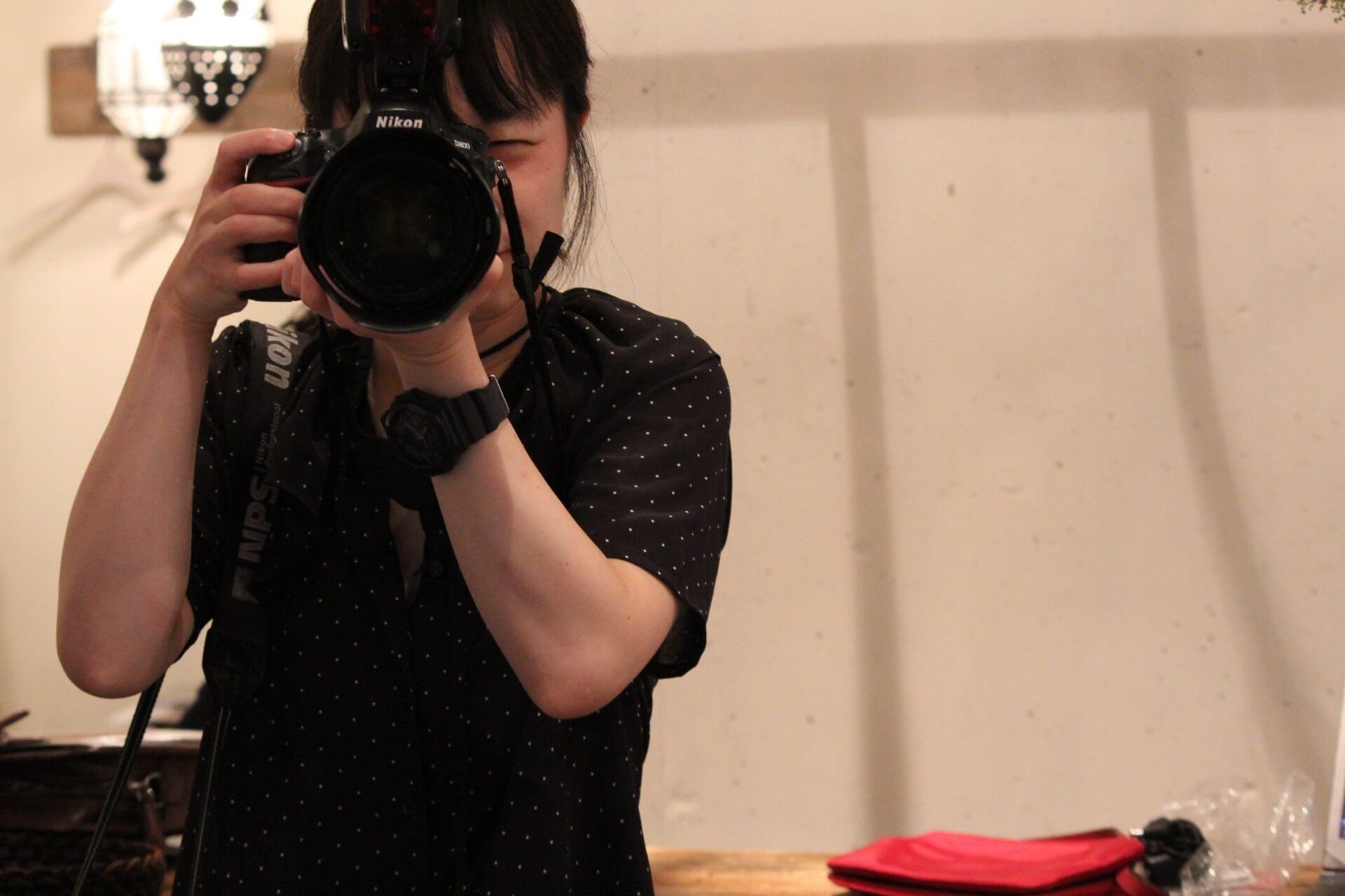 【アルバイト急募】古着・服飾小物を魅力的に撮影できるカメラ男子・カメラ女子のカバー写真