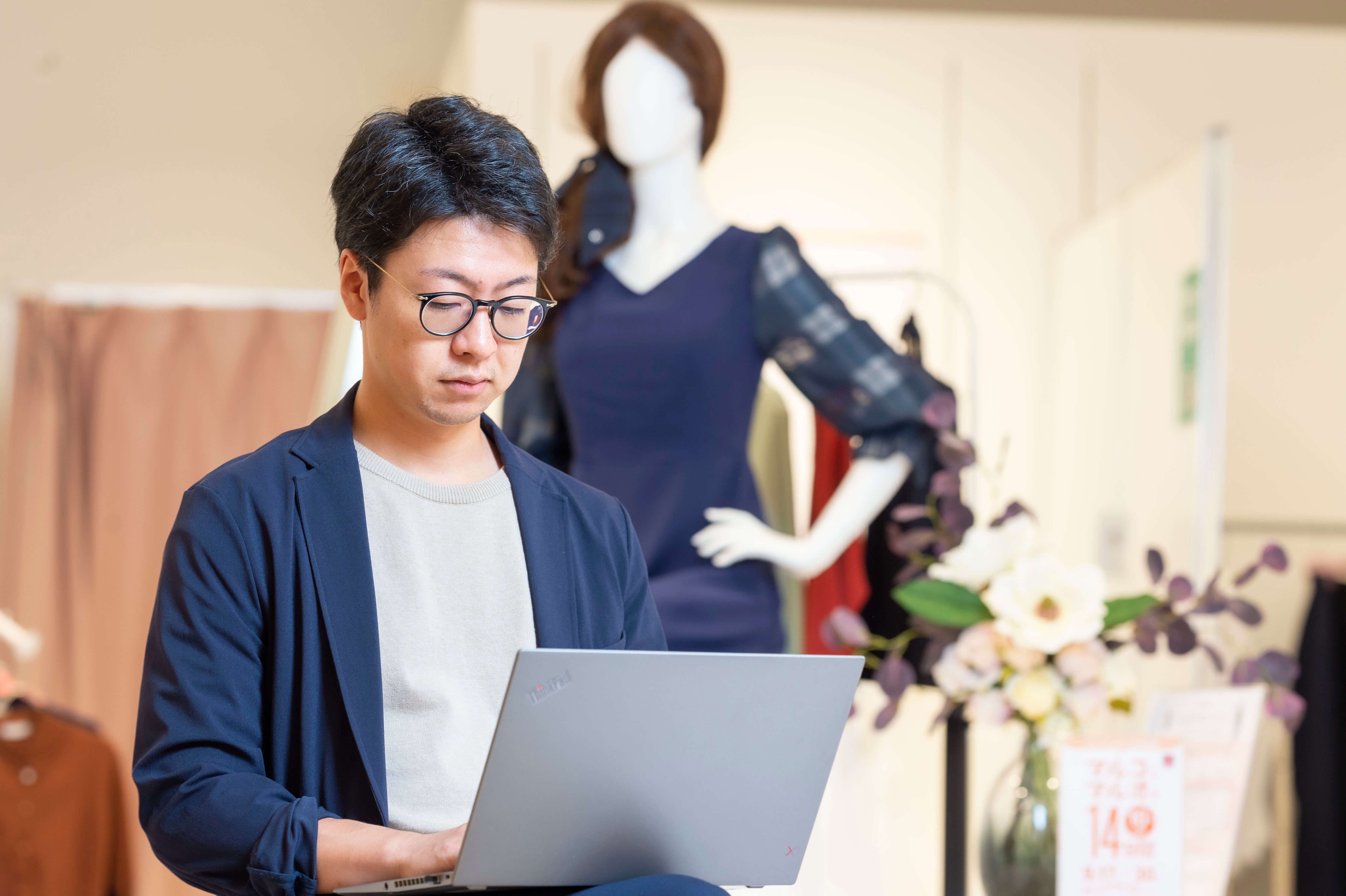 EC事業責任者|ファッションD2CブランドのEC企画・運用をお任せします!のカバー写真