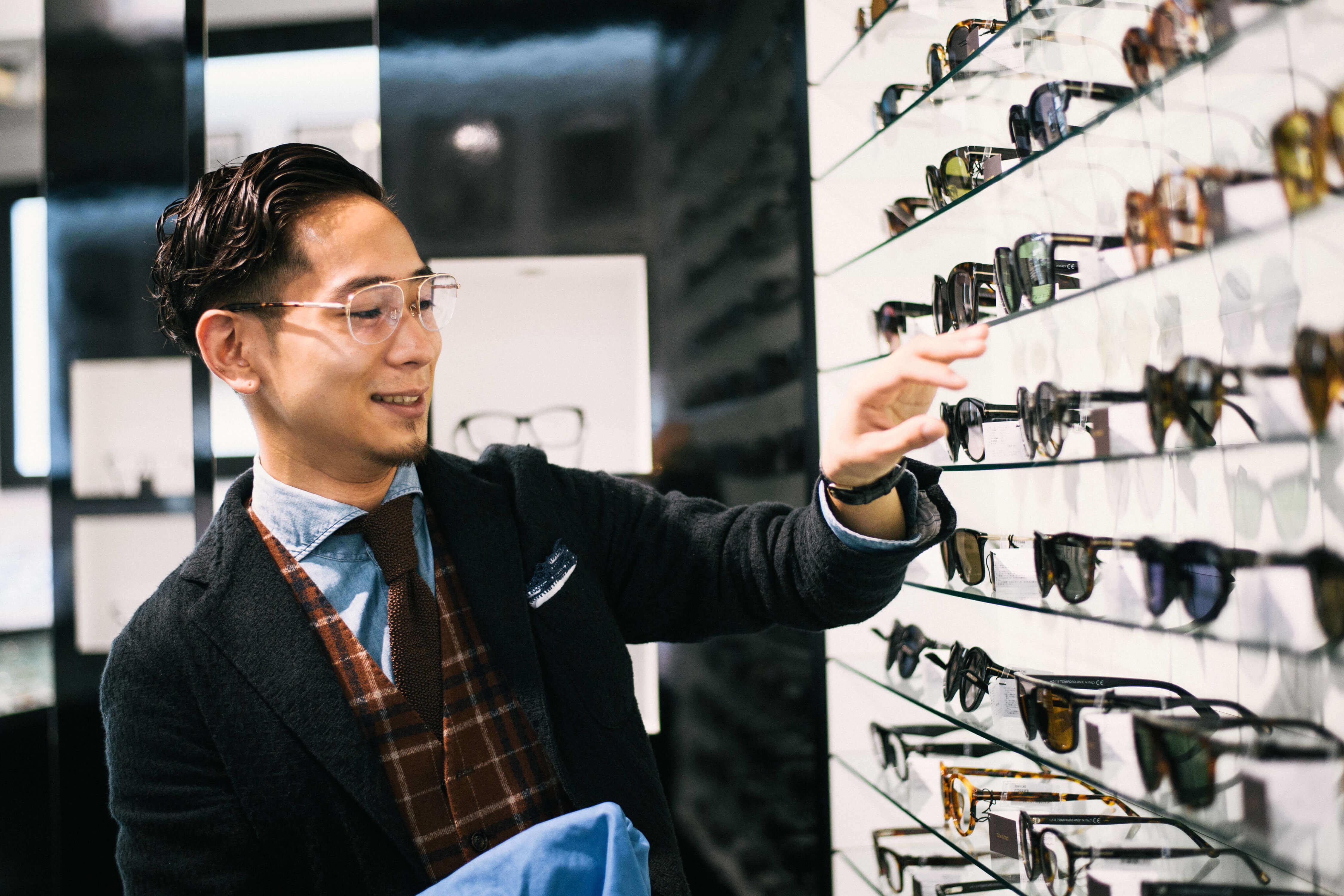新店OPEN!!オープニングスタッフ募集パートアルバイト‼大阪EYESTYLEのカバー写真