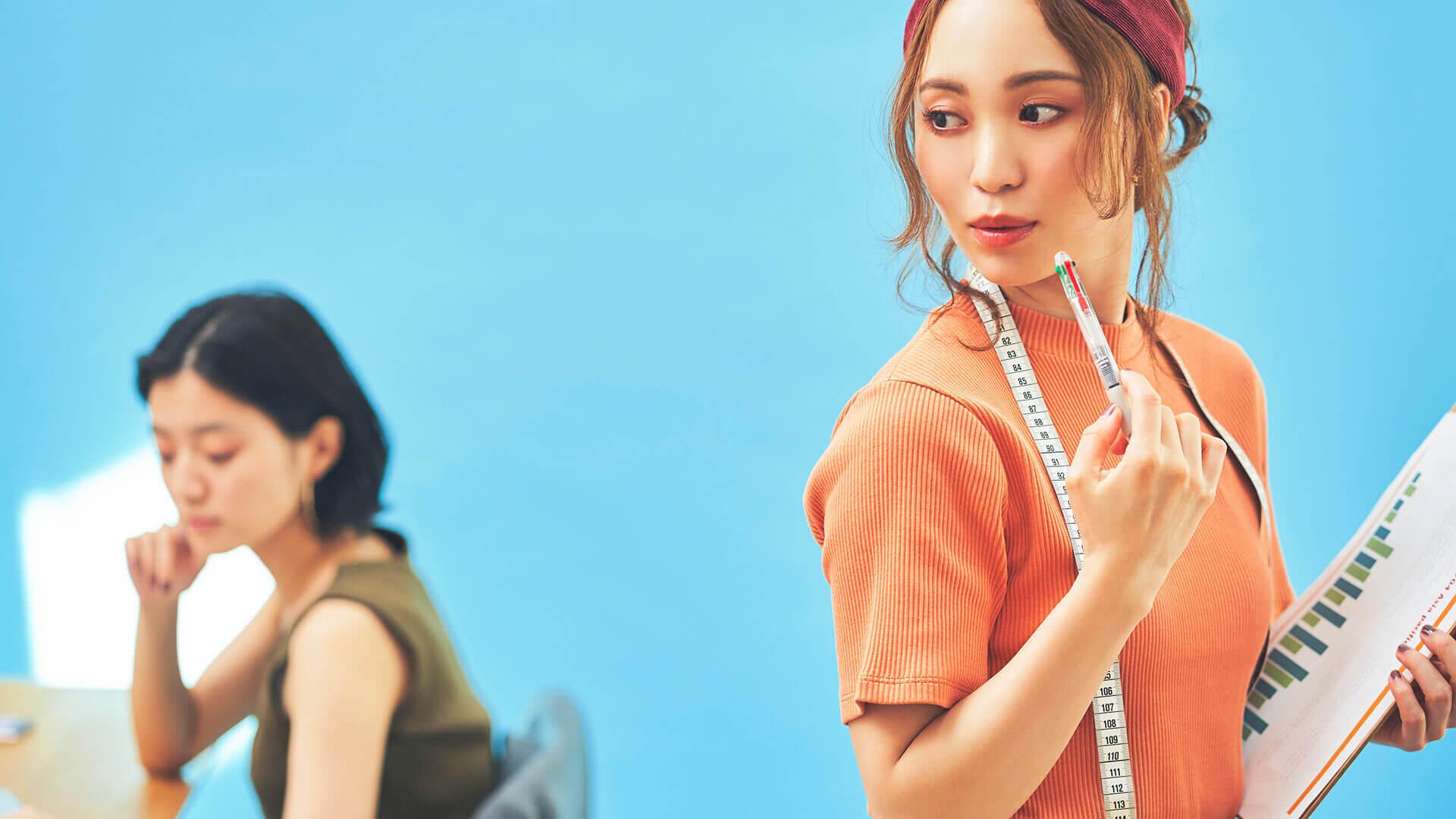 43309 【未経験歓迎】レディースアパレルの商品企画/新ブランドの企画~生産のカバー写真