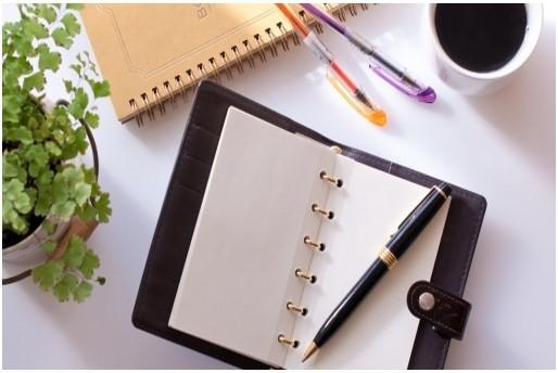 23卒1day☆就活start up!今日から始める「業界研究&自己分析」のカバー写真