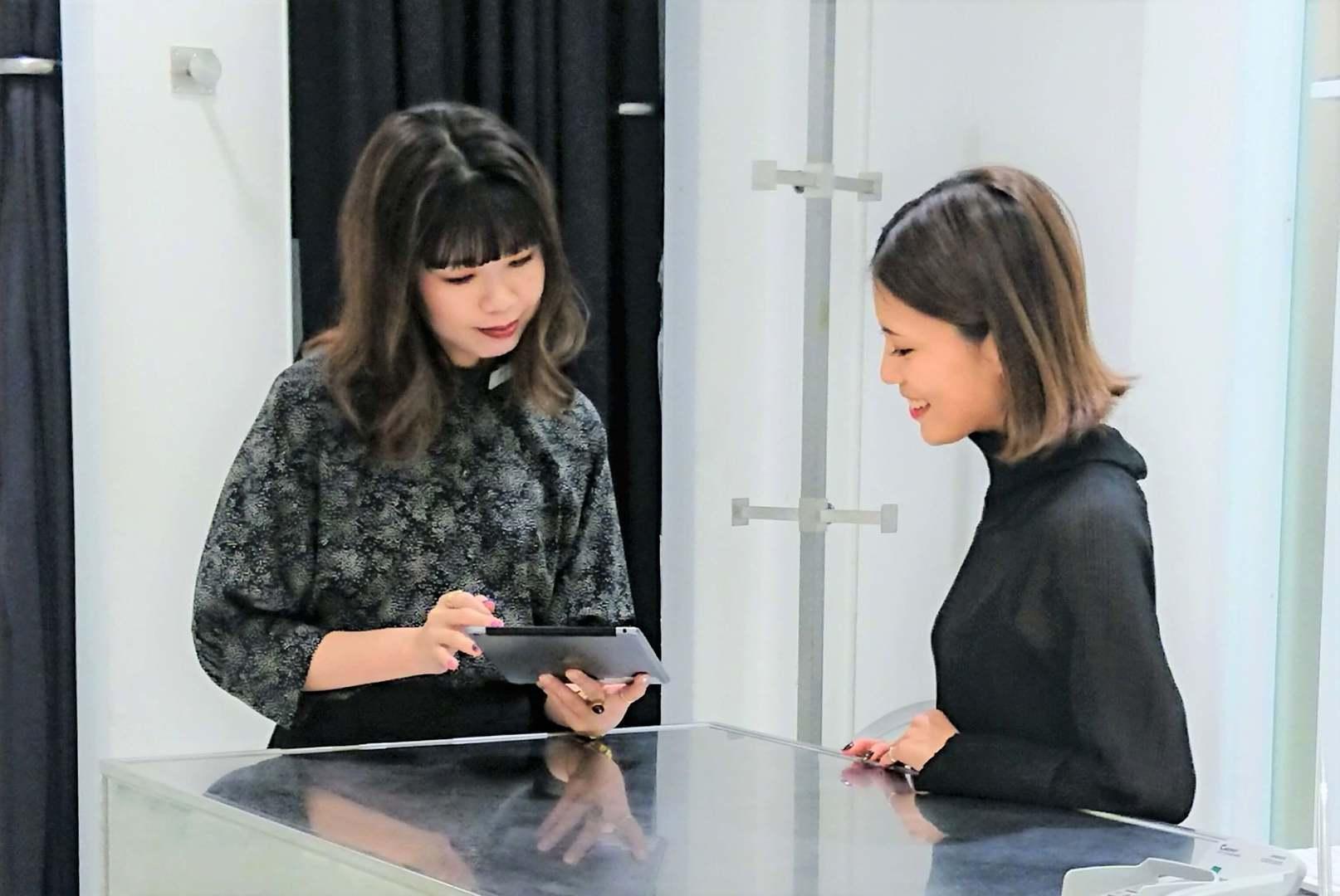 ★長崎★自分らしさを大切にした接客スタイルで働けるファッションアドバイザー募集のカバー写真