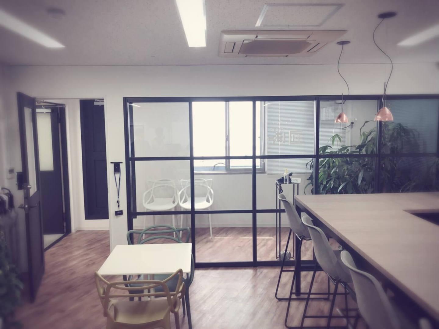 急募【経理事務】新オフィスで自由度抜群の環境で働きませんか?のカバー写真