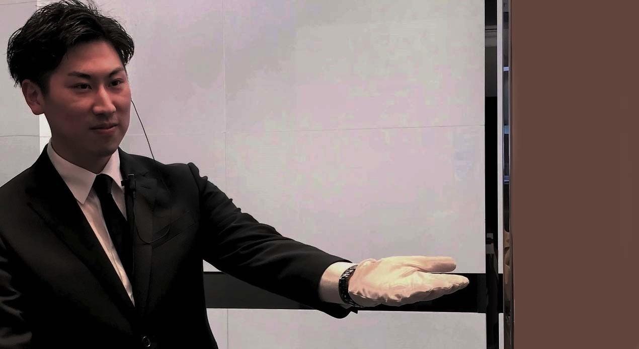 【正社員】〈銀座・表参道・青山〉憧れの高級ブランドドアマンを募集!(男女)のカバー写真
