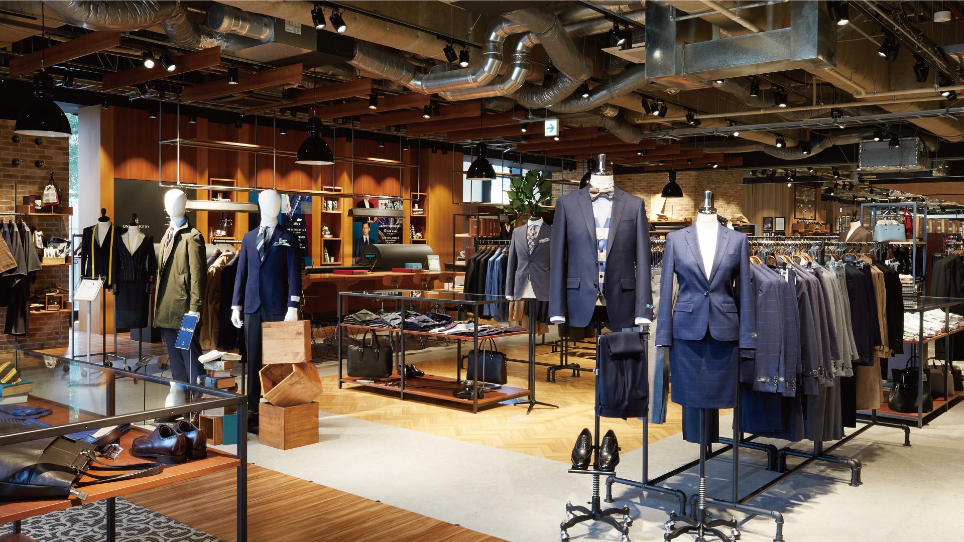 未経験からスーツのプロフェッショナルへ 名古屋駅前店のカバー写真