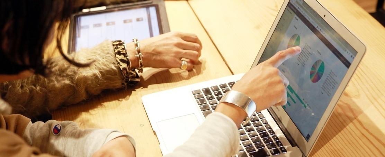 インターネット業界で大活躍しているファッション好きを探してます!のカバー写真