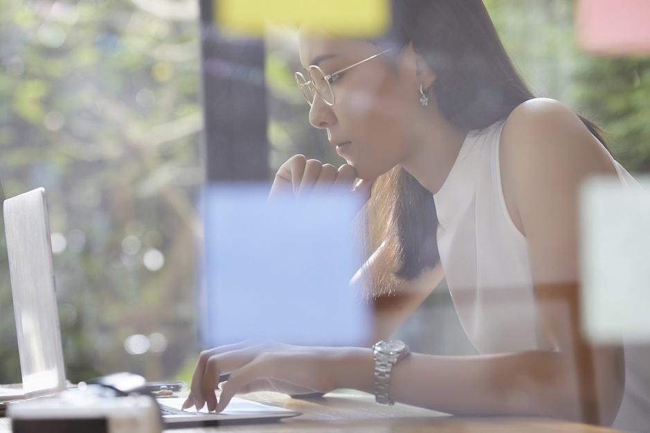【正社員/人気ブランドの魅力を発信】デジタルマーケティング部 コーダー/ 340のカバー写真