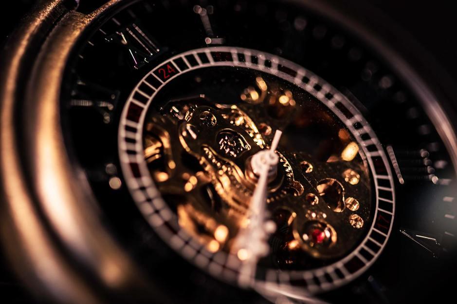 【時計販売経験不問】高級時計販売職の募集ですのカバー写真